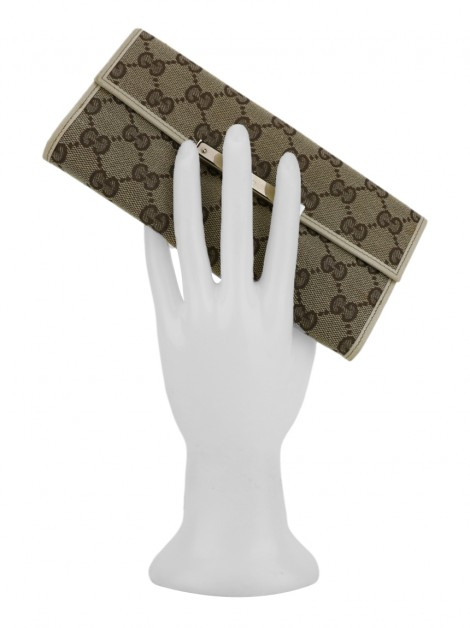 Carteira Gucci GG Canvas Metal Plate Off-White