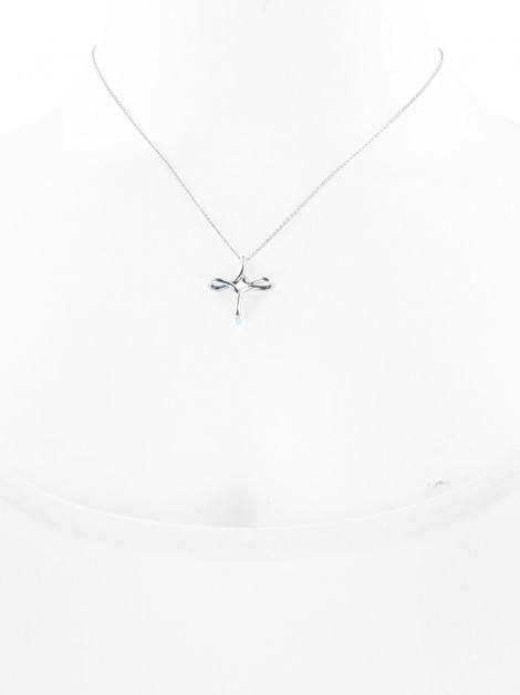 Colar Tiffany & Co Infinity Cross Prateado