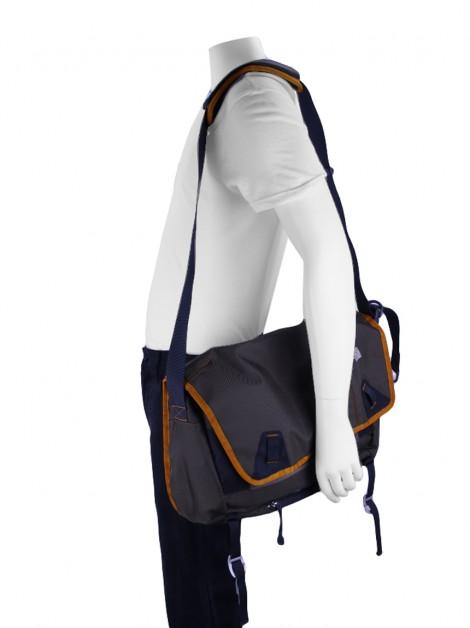 Bolsa The North Face Base Camp Messenger Verde