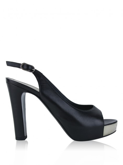 Sapato Chanel Patent Leather Slingback Preto