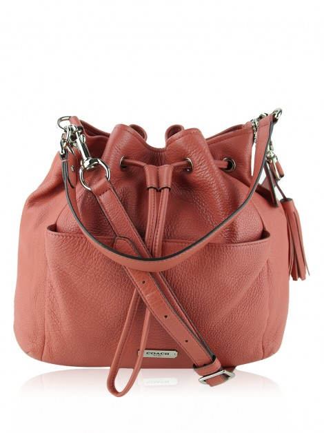 Bolsa Coach Avery Drawstring Bag