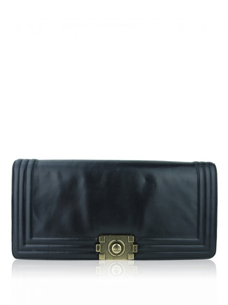 Clutch Chanel Leather Boy Preto