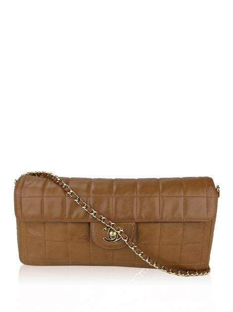 Bolsa Chanel East West Baguette Caramelo
