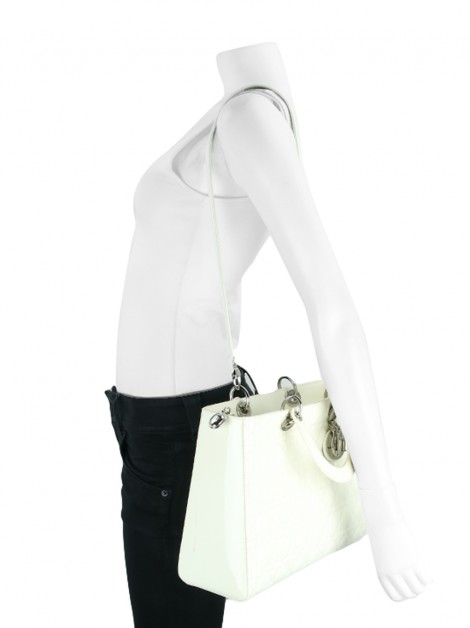Bolsa Christian Dior Lady Dior Verniz Off-White