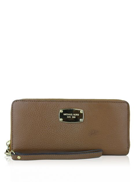 Carteira Michael Kors Jet Set Travel Continental Caramelo