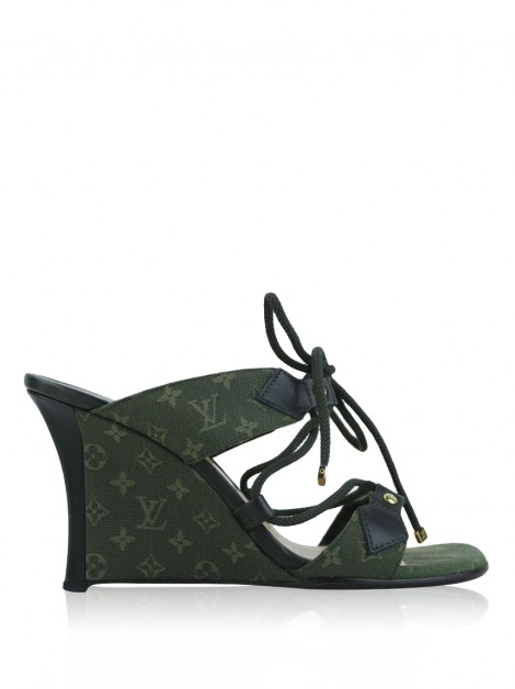 Sandália Louis Vuitton Mini Lin Verde Militar