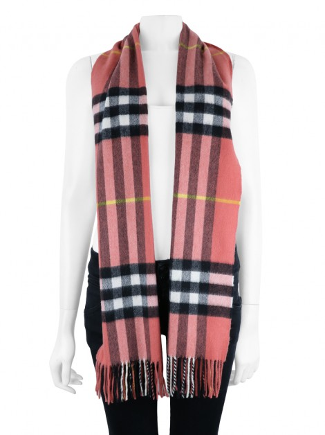 Cachecol Burberry Cashmere Check Coral