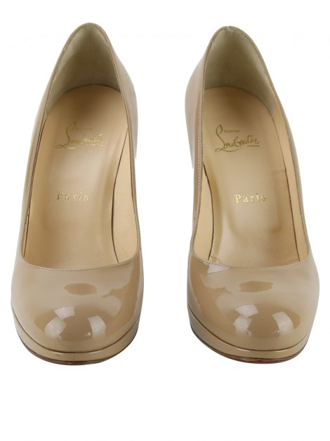 Sapato Christian Louboutin New Simple Pump Verniz Bege