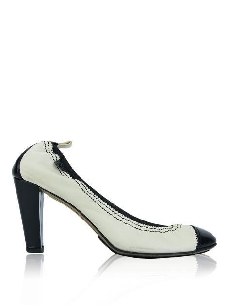 Sapato Chanel Cap Toe Off White