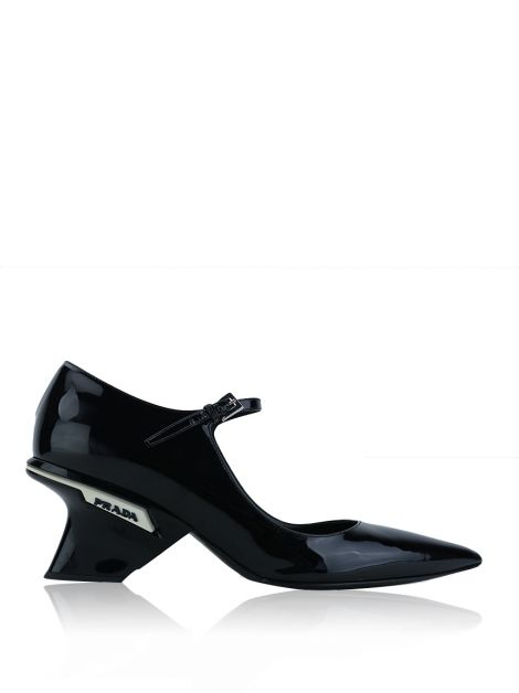 Sapato Prada Pointed Geometric Mary Jane Preto