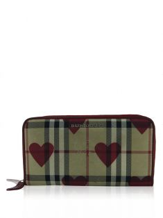 Carteira Burberry Haymarket Heart Zip Around